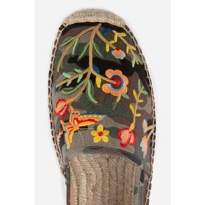Johnny Was Embroidered Espadrille Camouflage 10